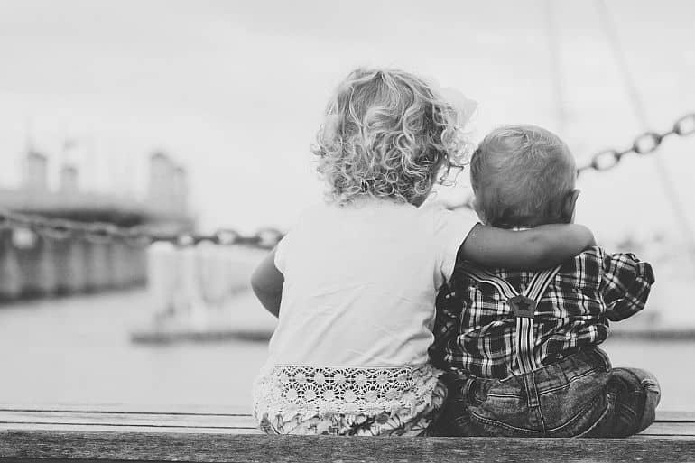 Sourozenecká rivalita aneb když děti žárlí